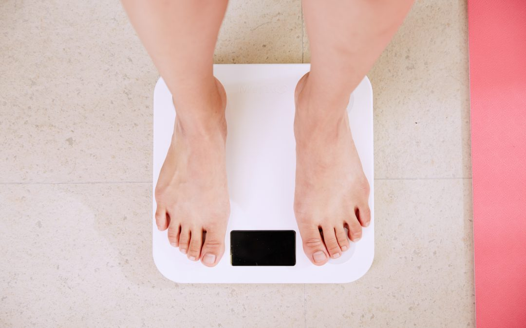 7 Top Tips from Registered Dietitian on How to Ditch the Weighing Scales